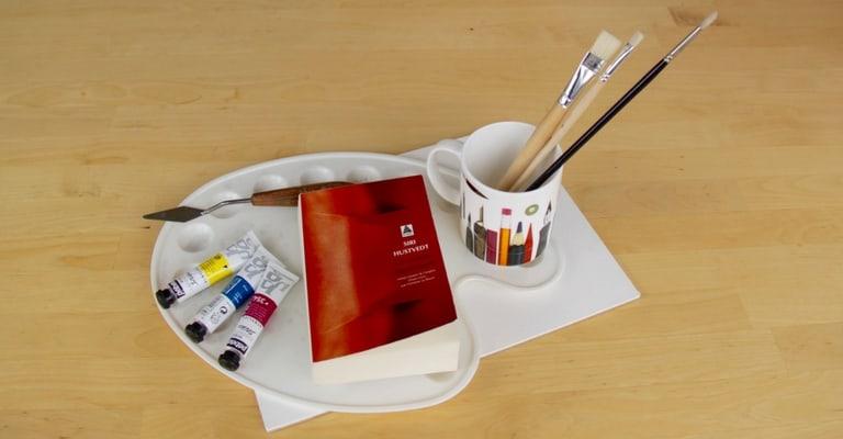 Un monde flamboyant par Siri Hustvedt, palette et pinceaux