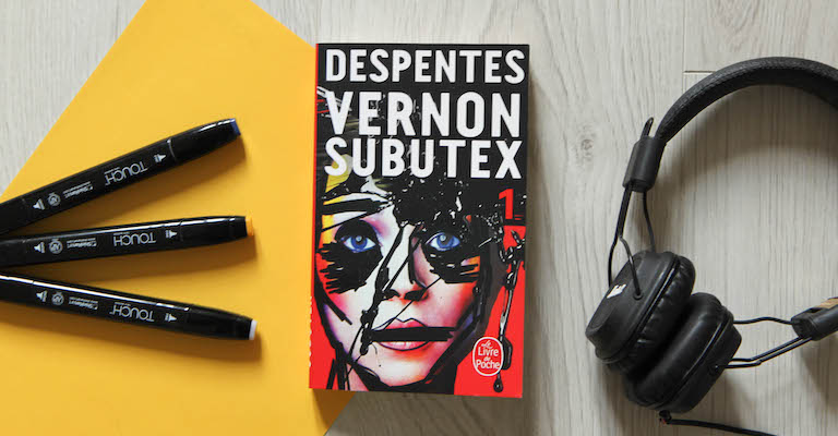 Couverture du livre Vernon Subutex, stylos et écouteurs