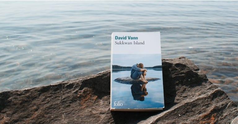 Sukkwan Island, de David Vann, au bord du lac